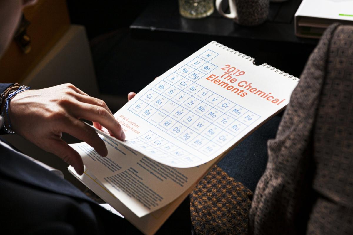 Bureaukalender als origineel relatiegeschenk: zo scoor je bij klanten